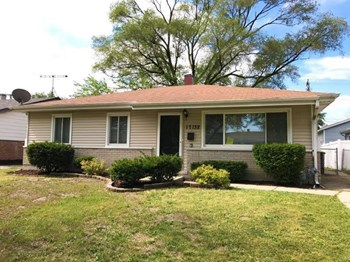 17132 Walter Street 3 Beds House for Rent Photo Gallery 1