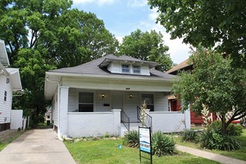 3926 Graceland Ave. 2 Beds House for Rent Photo Gallery 1