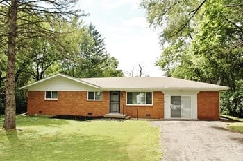 4134 N Edmonson Avenue 3 Beds House for Rent Photo Gallery 1