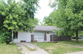 4730 Kenyon Drive 3 Beds House for Rent Photo Gallery 1