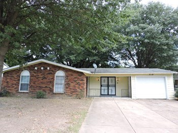 3714 King James Drive 3 Beds House for Rent Photo Gallery 1
