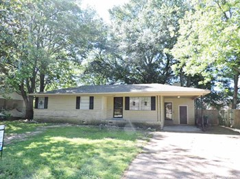 1609 Leigh Drive 4 Beds House for Rent Photo Gallery 1