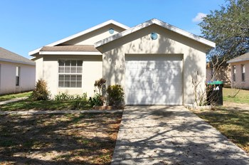 7462 Groveoak Drive 3 Beds House for Rent Photo Gallery 1