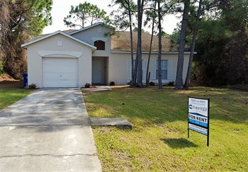 1163 Schumann 4 Beds House for Rent Photo Gallery 1