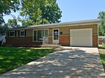 624 Holiday 3 Beds House for Rent Photo Gallery 1