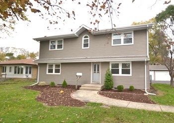 611 S Hazelton Ave 4 Beds House for Rent Photo Gallery 1