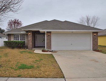559 Timber Trace Ct 4 Beds House for Rent Photo Gallery 1
