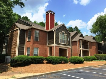 4335 Winters Chapel Rd 1-3 Beds Apartment for Rent Photo Gallery 1