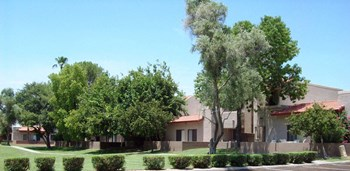 5615 W. Acoma Dr 2 Beds Apartment for Rent Photo Gallery 1