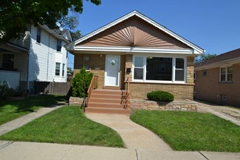 3433 Wesley Ave 3 Beds Apartment for Rent Photo Gallery 1
