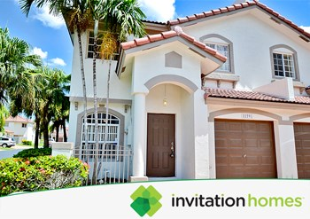 11591 NW 50th Terrace 3 Beds House for Rent Photo Gallery 1