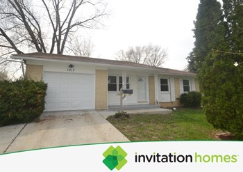 1217 W Weathersfield Way 3 Beds House for Rent Photo Gallery 1