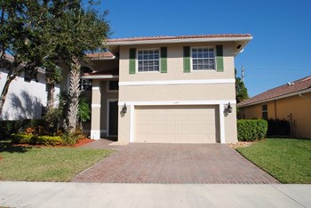 107 Hidden Hollow Drive 4 Beds House for Rent Photo Gallery 1