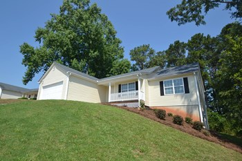 812 Fawnfield Dr 3 Beds House for Rent Photo Gallery 1