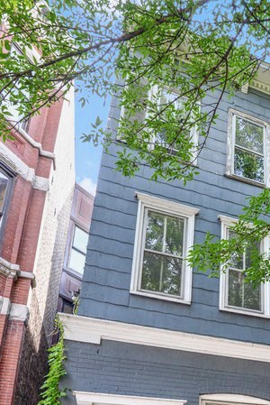 1641 N. North Park Ave. 1-2 Beds Apartment for Rent Photo Gallery 1