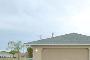 931 Sw 35th St 3 Beds House for Rent Photo Gallery 1