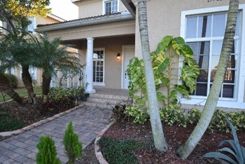 13982 Sw 272nd Street 4 Beds House for Rent Photo Gallery 1