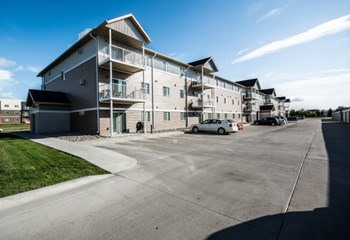 3841 Garden View Drive 1-3 Beds Apartment for Rent Photo Gallery 1