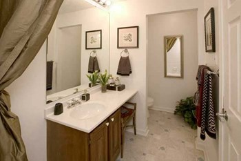 2702 Paoli Pike 1-3 Beds Apartment for Rent Photo Gallery 1