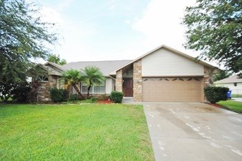2328 Sweetwater Blvd 3 Beds House for Rent Photo Gallery 1
