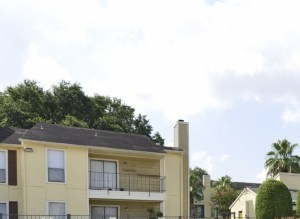 300 North Vista Drive 1-2 Beds Apartment for Rent Photo Gallery 1