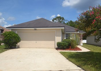1519 Slash Pine Ct 3 Beds House for Rent Photo Gallery 1
