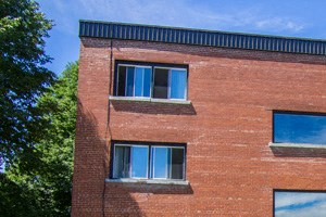 180 Beausoleil Drive Studio-1 Bed Apartment for Rent Photo Gallery 1
