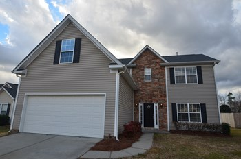 1004 Oakstone Dr 4 Beds House for Rent Photo Gallery 1