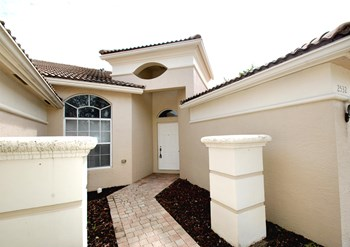 2532 Coakley Point 3 Beds House for Rent Photo Gallery 1
