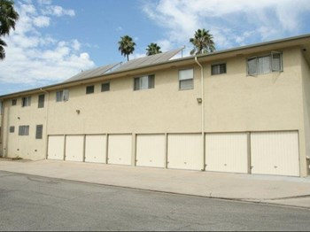 10800 Crenshaw Blvd. 1-2 Beds Apartment for Rent Photo Gallery 1