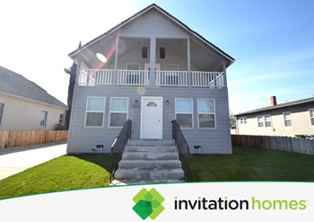 524 E Locust Street 4 Beds House for Rent Photo Gallery 1