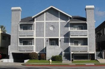 13935 Vanowen Street 2 Beds Apartment for Rent Photo Gallery 1