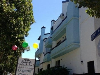 13760 Oxnard Street Studio-1 Bed Apartment for Rent Photo Gallery 1