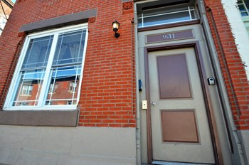 931 N 19th Street 2-4 Beds Apartment for Rent Photo Gallery 1