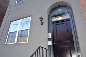 1610 Christian Street 1-3 Beds Apartment for Rent Photo Gallery 1