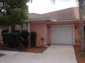 2514 Coral Trace Circle N 3 Beds House for Rent Photo Gallery 1