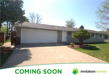 11421 131st Avenue N 5 Beds House for Rent Photo Gallery 1