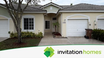 1265 SW 48th Ter Unit 20 3 Beds House for Rent Photo Gallery 1