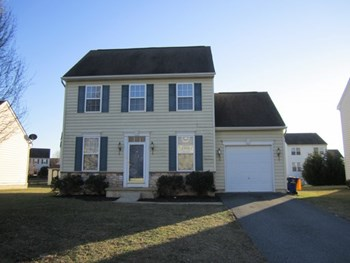 113 Golden Plover Dr 3 Beds House for Rent Photo Gallery 1