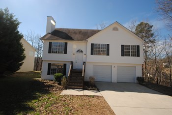 1042 Bridle Creek Drive 3 Beds House for Rent Photo Gallery 1