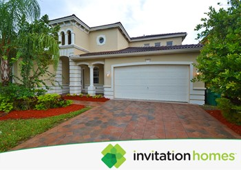 20476 Sw 89th Avenue 4 Beds House for Rent Photo Gallery 1