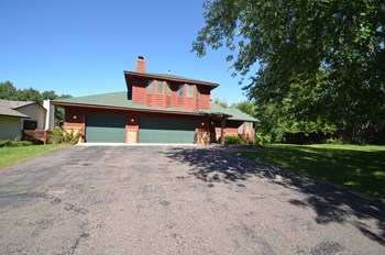 1659 Woodgate Ln 4 Beds House for Rent Photo Gallery 1