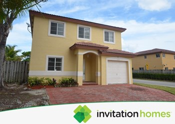 13517 Sw 118th Passage 4 Beds House for Rent Photo Gallery 1