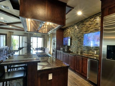 5201 W Hillsboro Blvd 1-3 Beds Apartment for Rent Photo Gallery 1