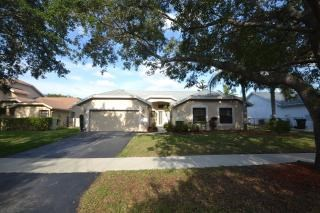 5112 Nw 49th Avenue 4 Beds House for Rent Photo Gallery 1