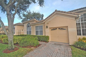 17246 Boca Club Boulevard Unit 101 3 Beds House for Rent Photo Gallery 1