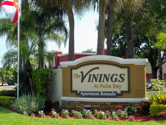 The Vinings at Palm Bay Photo Gallery 1