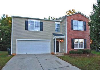 3916 Edgewood Terrace Dr 4 Beds House for Rent Photo Gallery 1