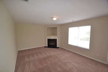 2112 Ballingarry Dr 3 Beds House for Rent Photo Gallery 1