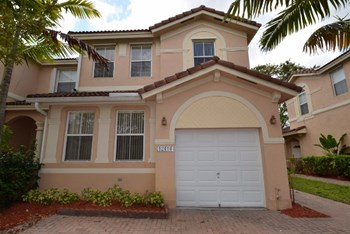 12414 Sw 125th Terrace 3 Beds House for Rent Photo Gallery 1